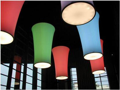 2. ábra D2.5*4 m méretű,  változtatható színű és fényerejű  világítótestek feszített fólia burkolattal