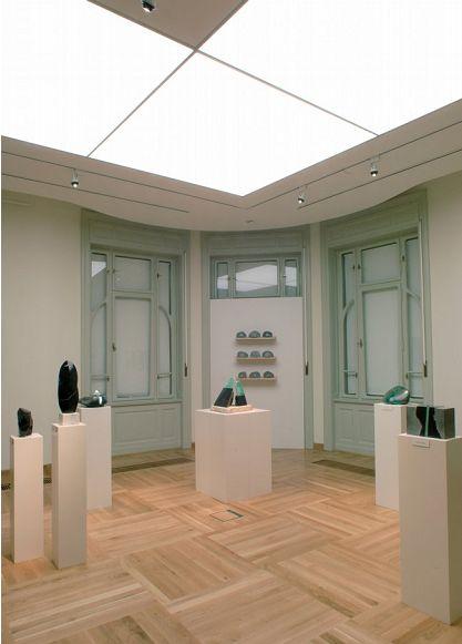 Múzeumvilágítás nagyfelületű  világítási rendszerrel